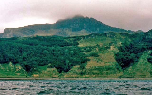 Skye coastline below the Old Man of Storr - geograph.org.uk - 410178