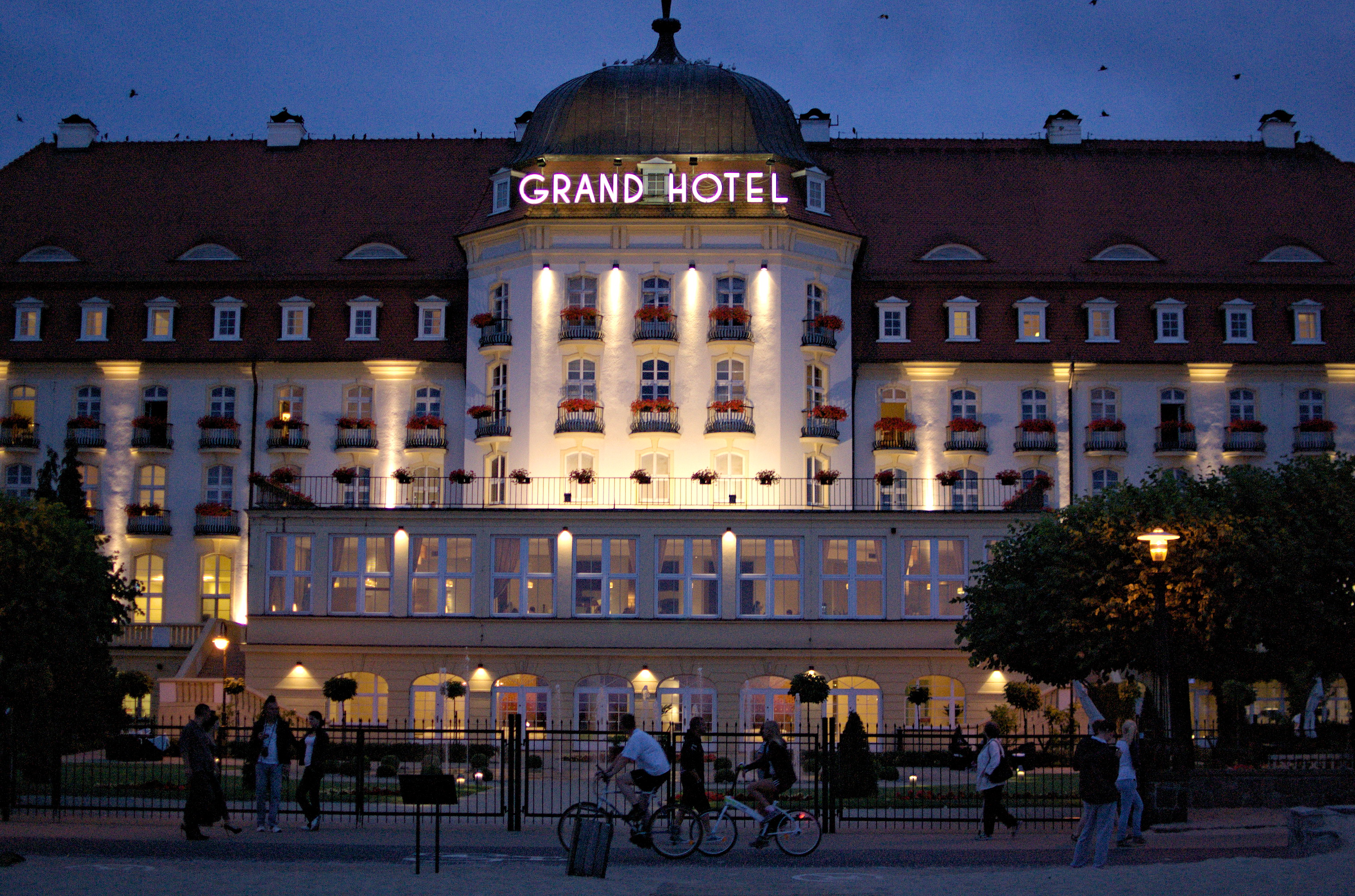 Sopot hotel kasyna gry grand hotel 1927 for Grand hotel