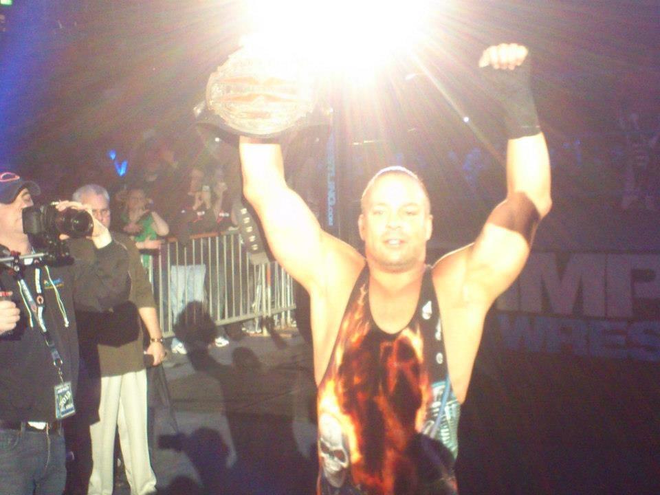 TNA X-Division Champ Rob Van Dam.jpg