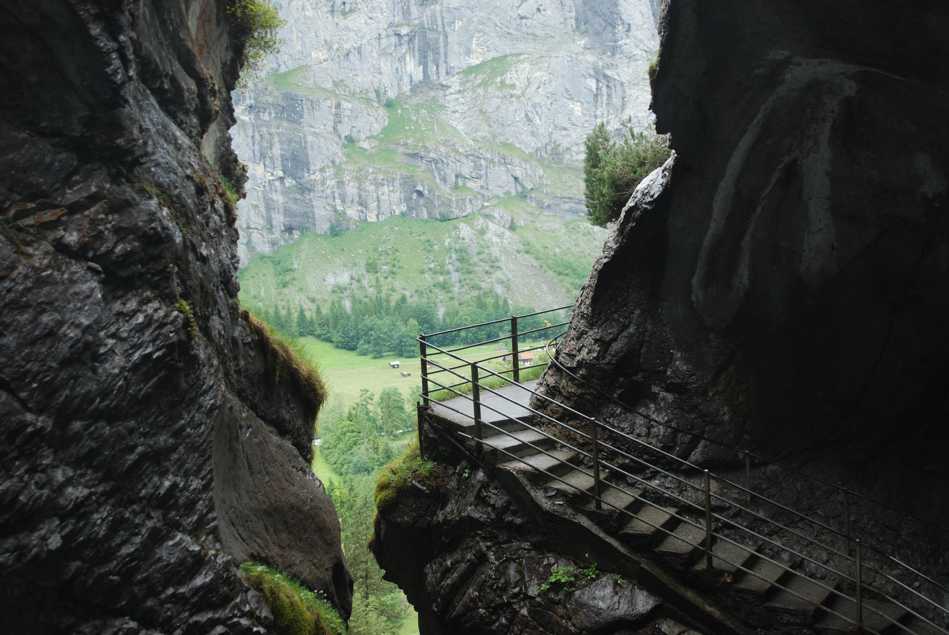 الاماكن السياحية في انترلاكن شلالات تروميل باخ