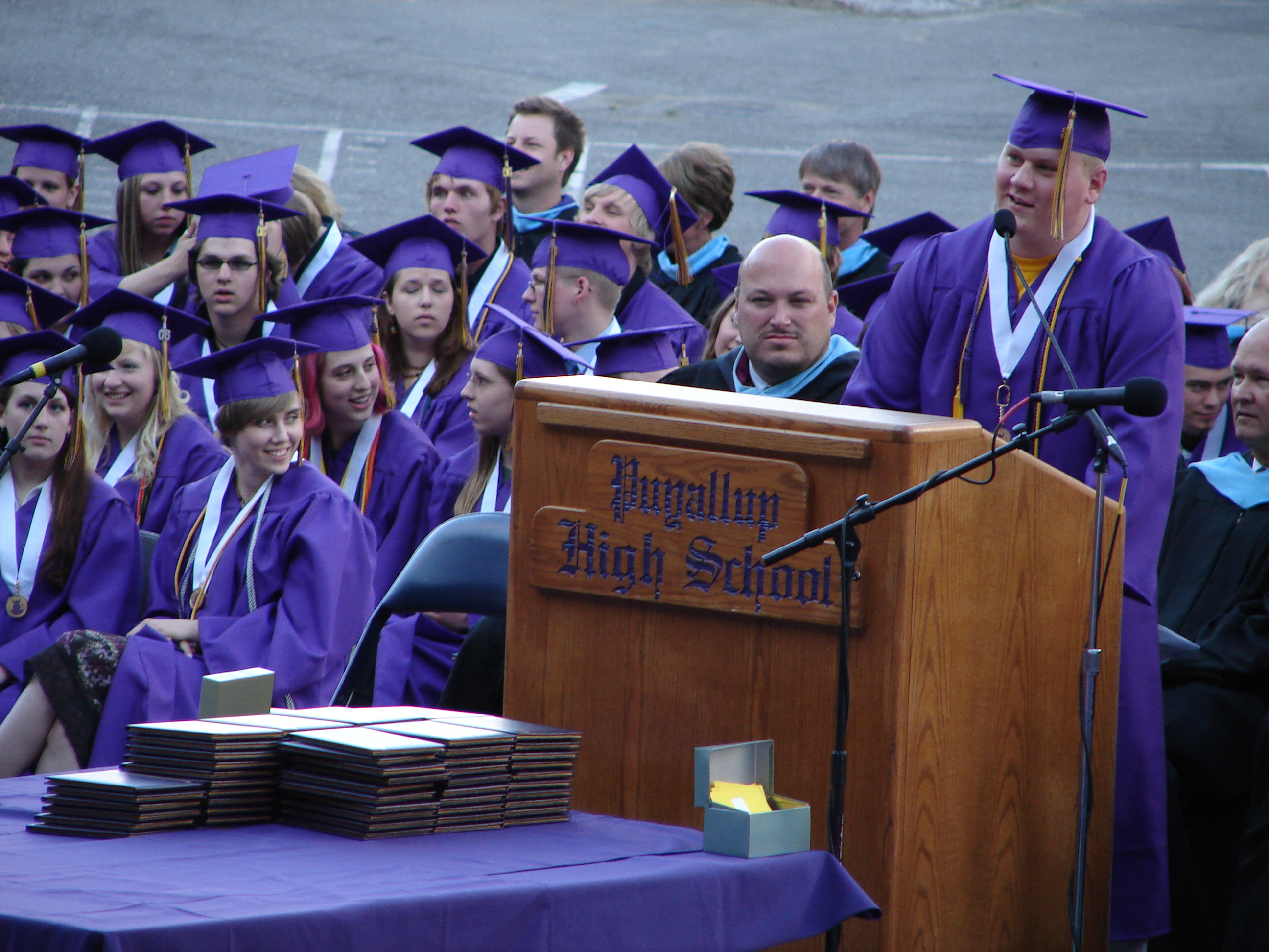 valedictory graduation speech 13 of the best graduation speeches of all time rachel sugar and richard feloni may 23, 2015, 8:00 am 348,266 commencement cliché, the surgeon.