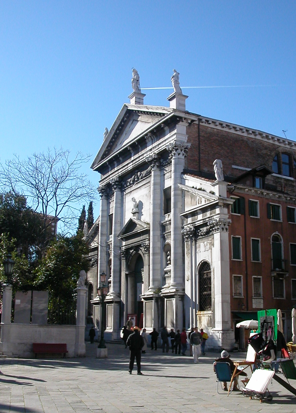 http://upload.wikimedia.org/wikipedia/commons/0/0a/Venezia_-_Chiesa_di_S.Vidal.jpg