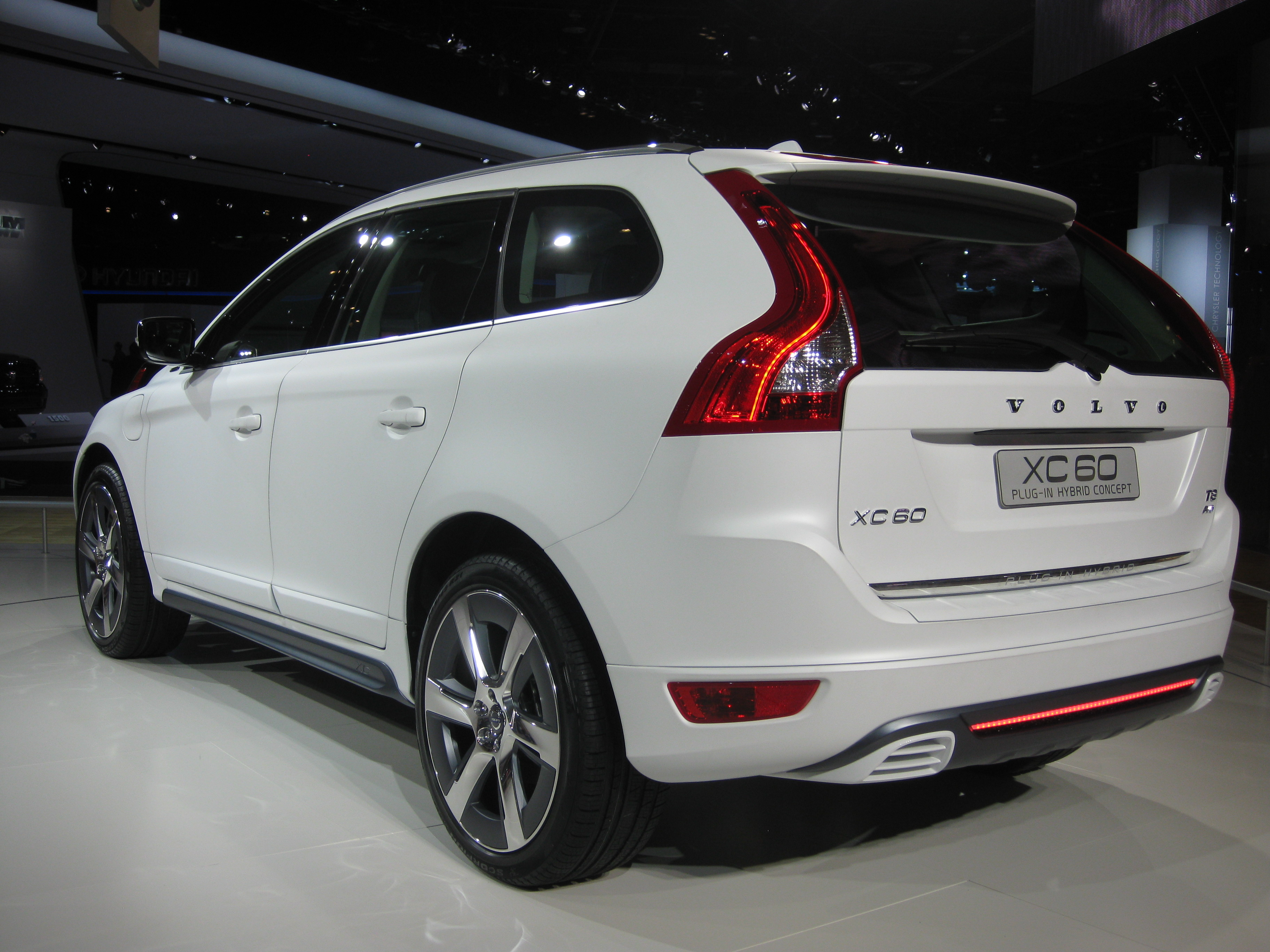 File Volvo Xc60 Plug In Hybrid At Naias 2012 6683633701 Jpg Wikimedia Commons