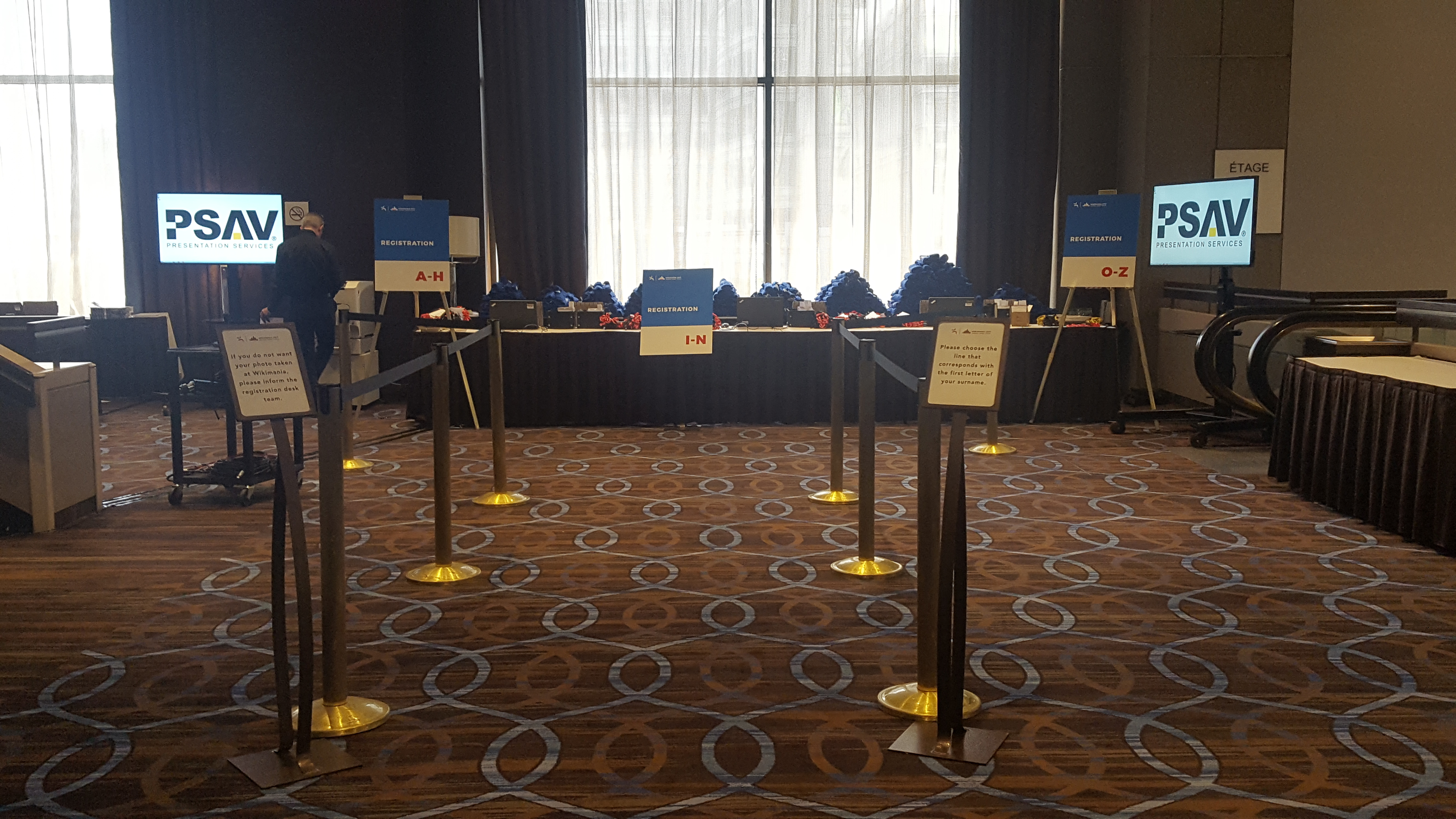 file wikimania 2017 montreal tuesday registration desk before rh commons wikimedia org