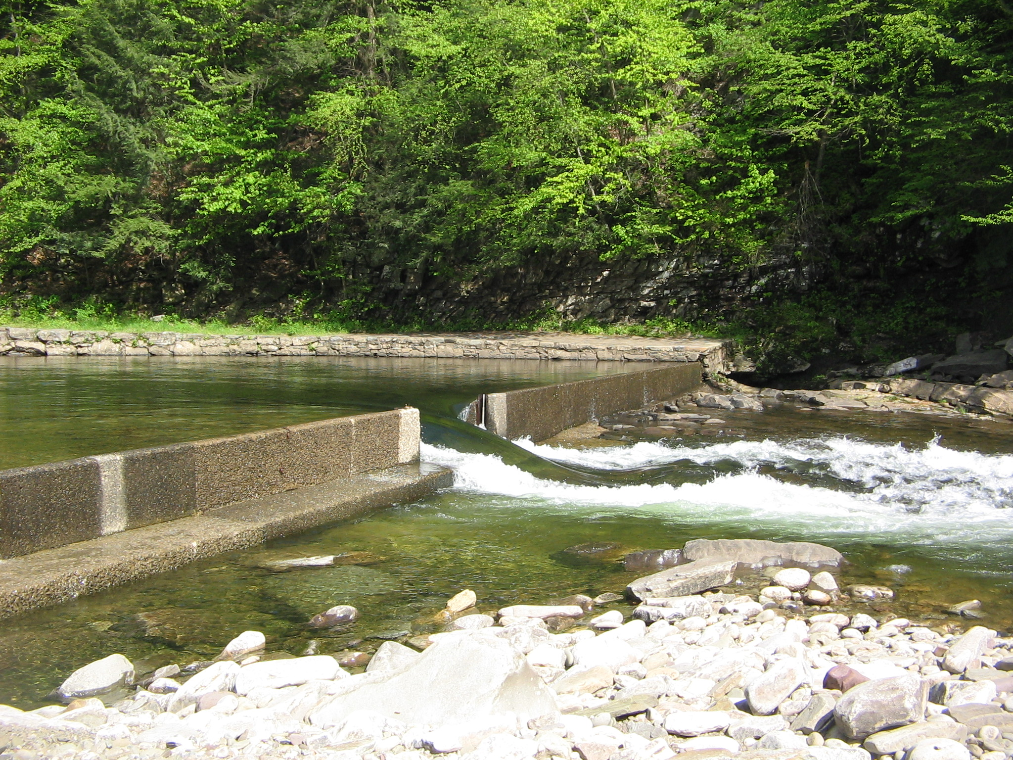 File:Worlds End State Park Dam 2 jpg - Wikimedia Commons