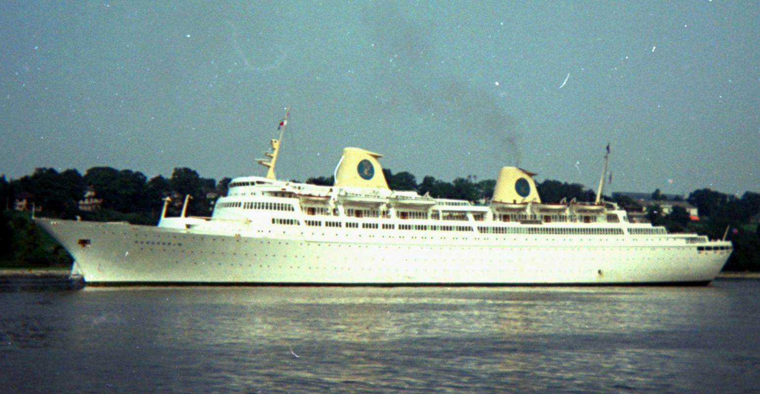 MV Kungsholm (1965) - Wikipedia