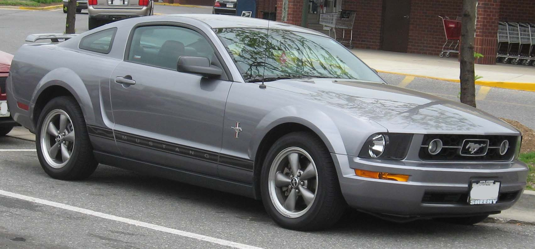 File06 07 ford mustang pony jpg
