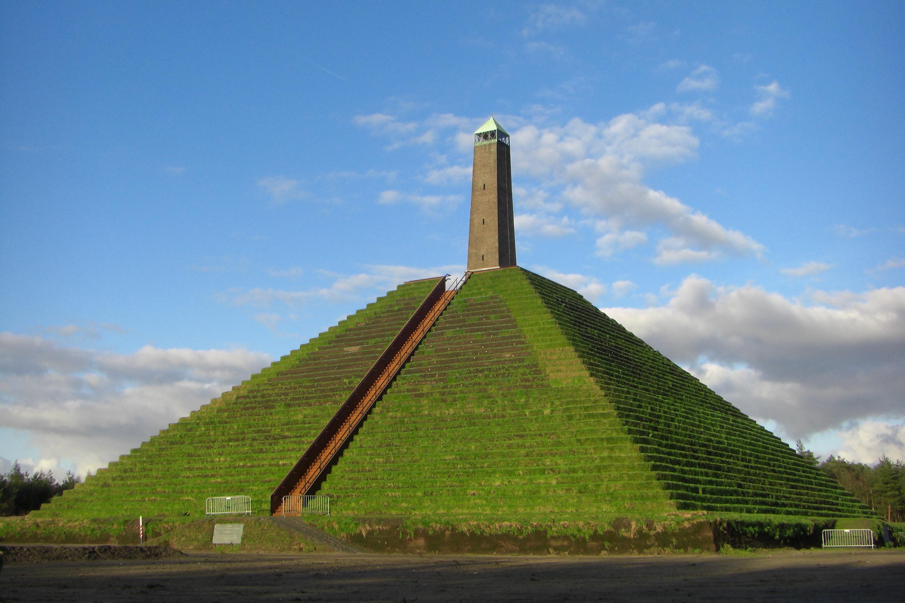 Pyramide van Austerlitz 2008
