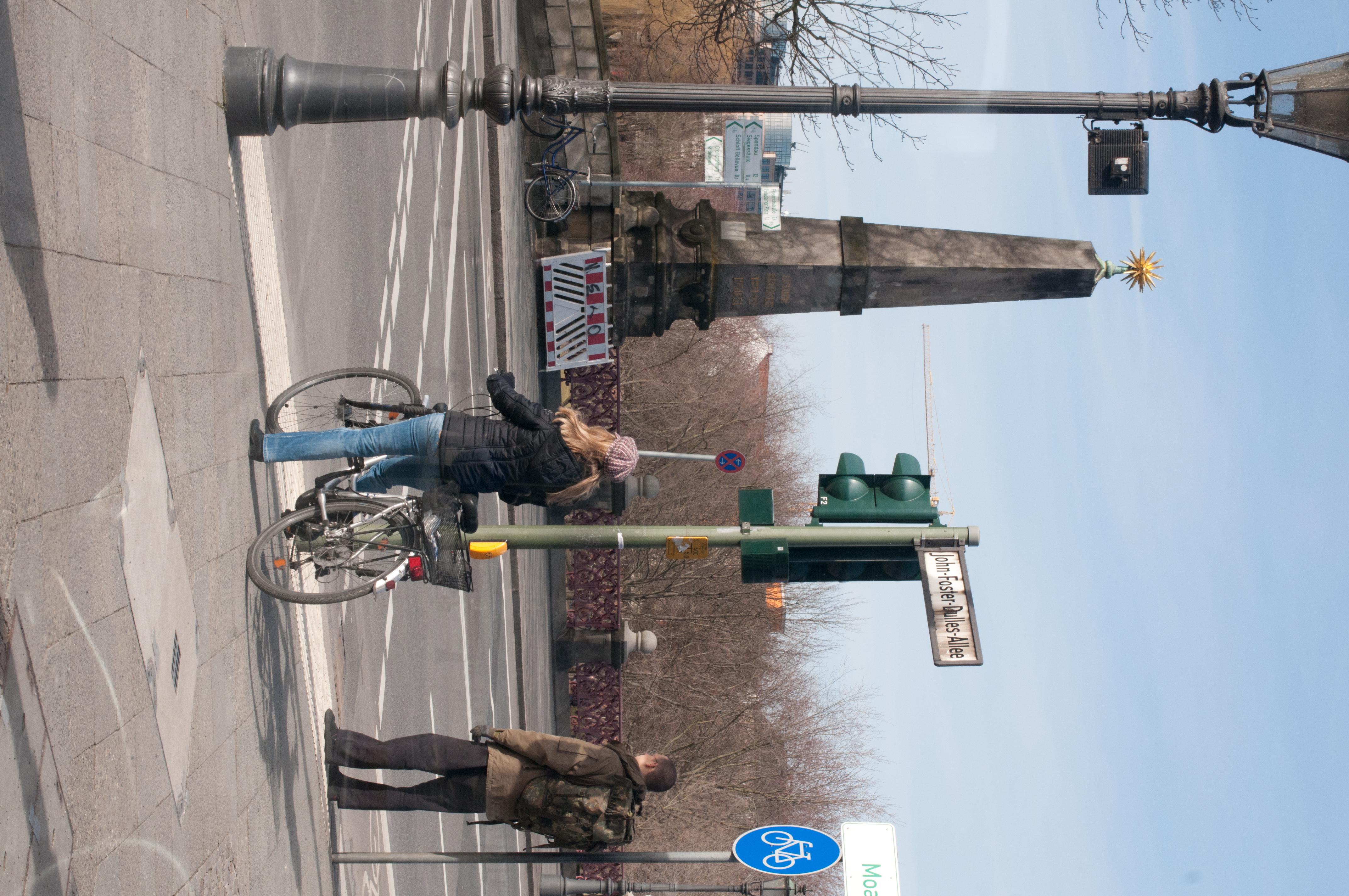 12-03-01-50mm-berlin-25.jpg