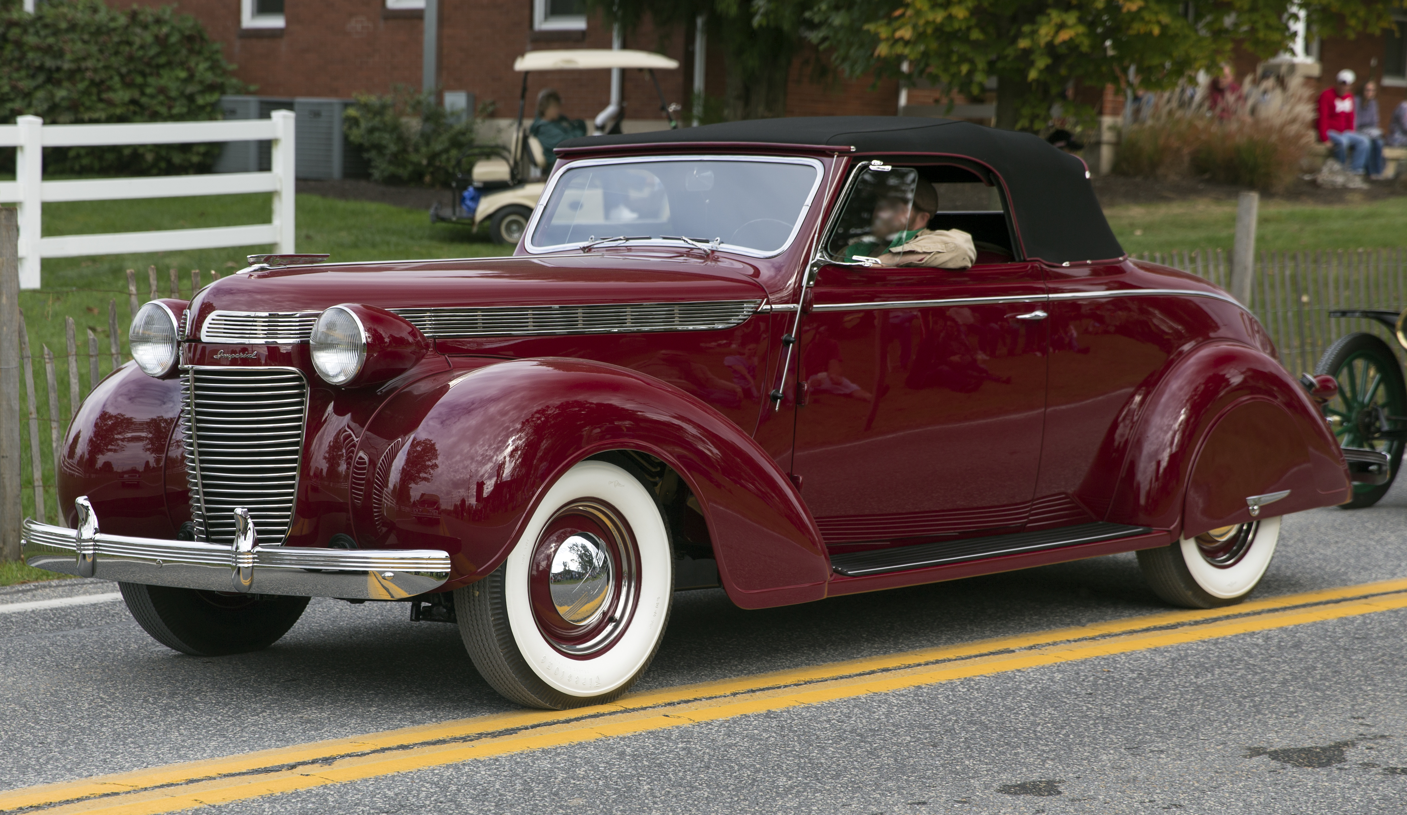 File:1937 Chrysler Imperial Convertible Coupe (C-14 ...