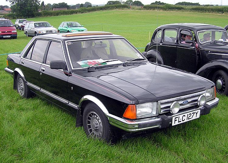 1982_Ford_Granada_2.8_Ghia_X.jpg