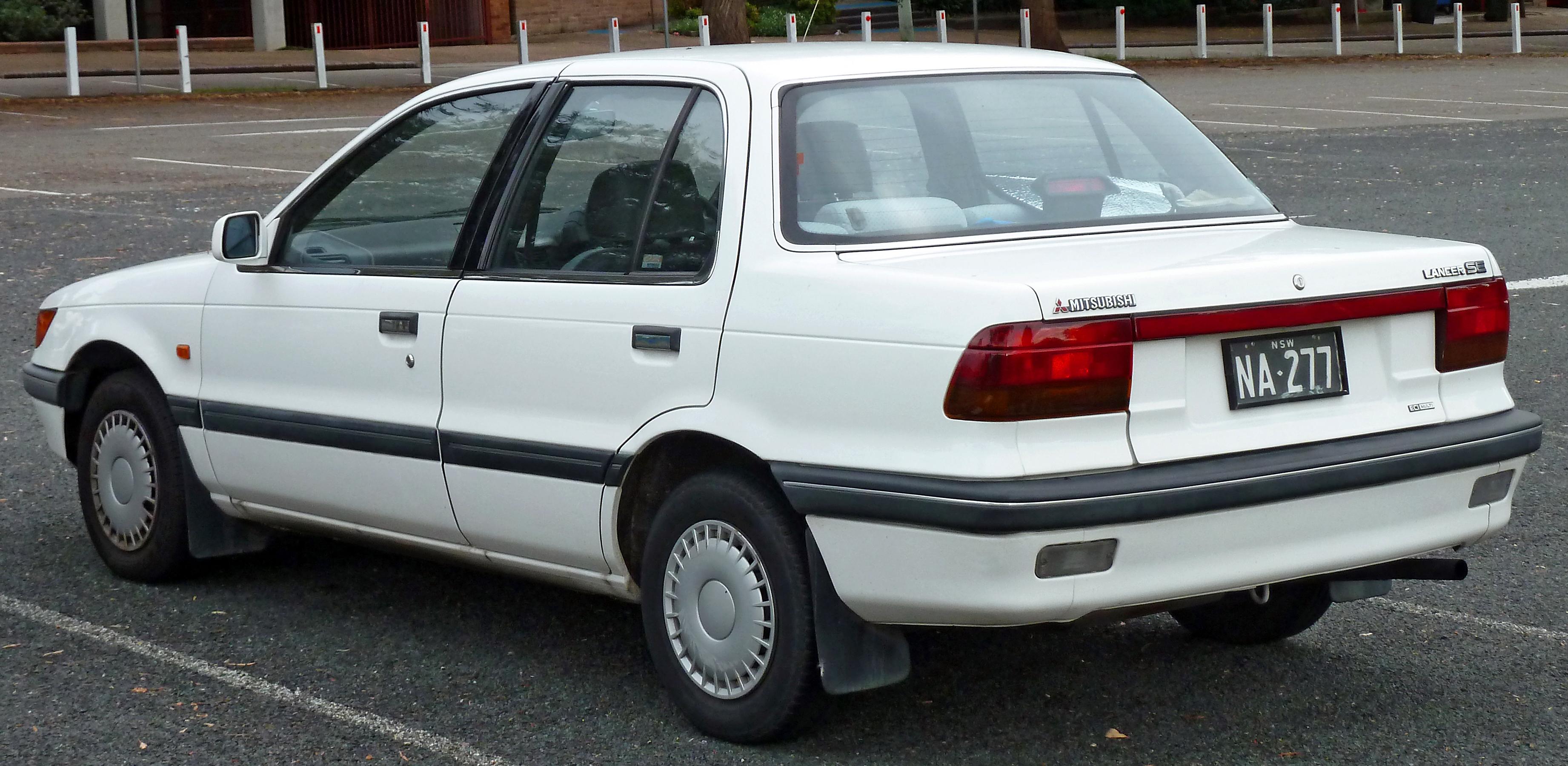 File 1988 1990 Mitsubishi Lancer Ca Se Sedan 2011 04 22