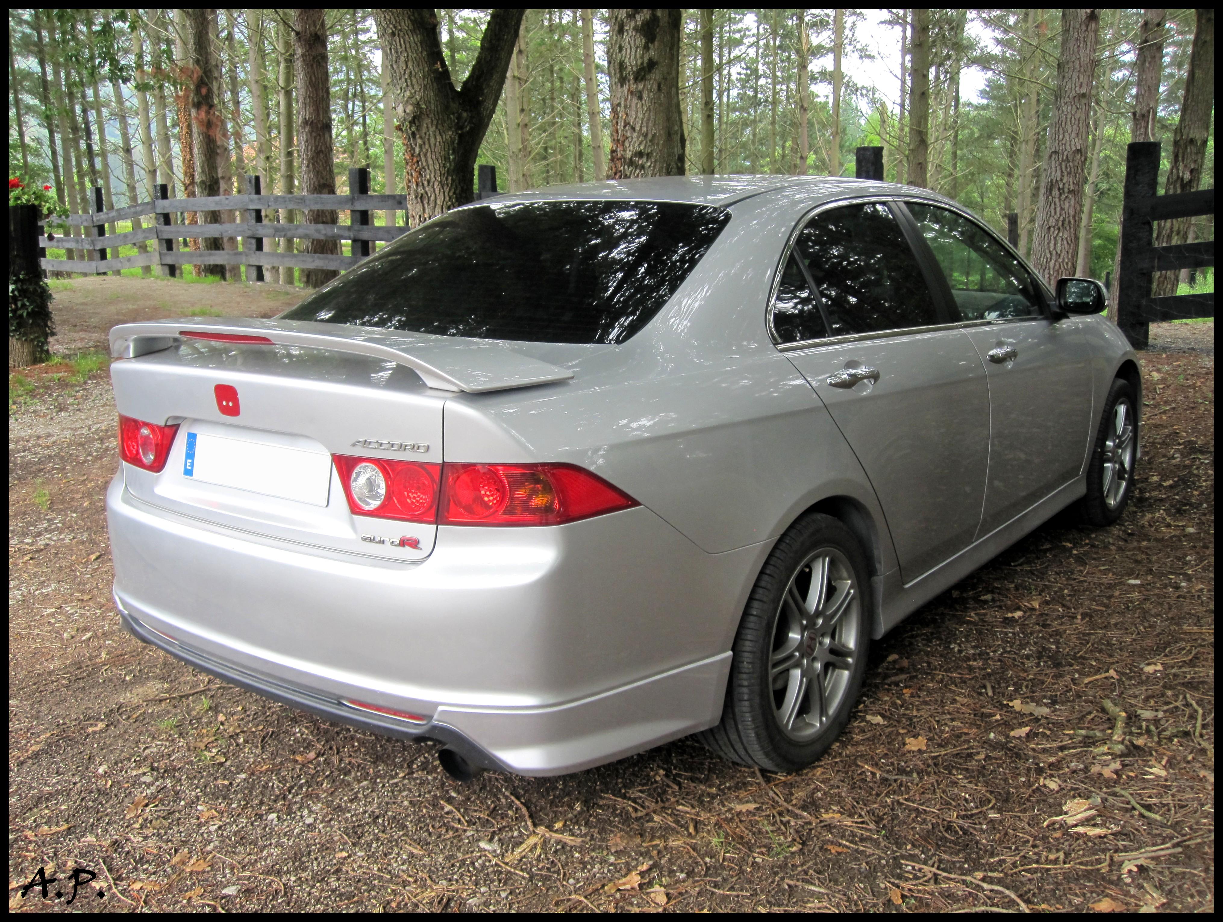 File 2002 Honda Accord Euro R 4793150811 Jpg Wikimedia