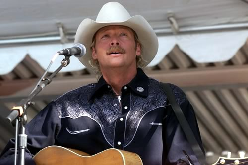 File:Alan jackson at pentagon.jpg