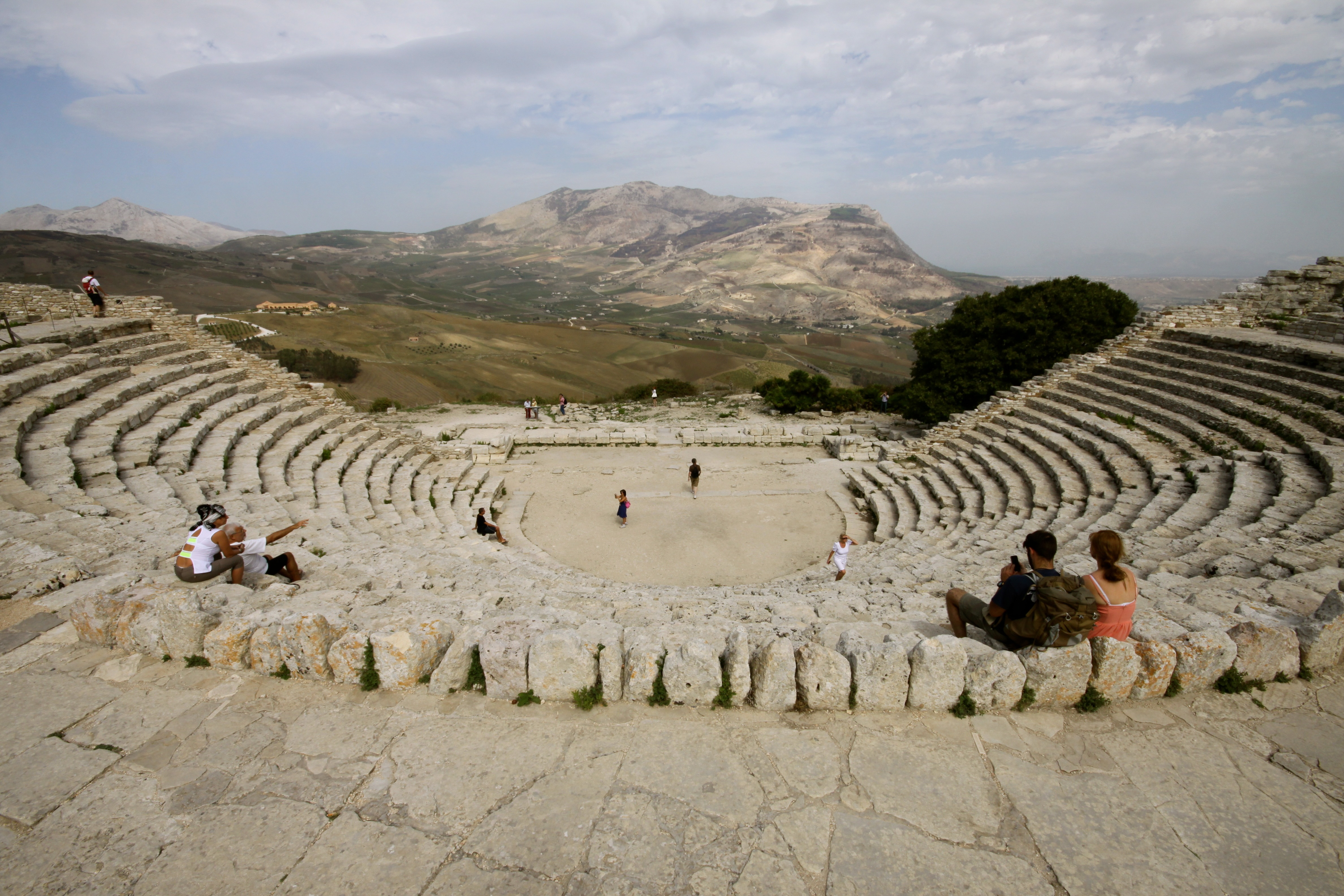 the origins of ancient greek drama Even if there are theatre-like entertainments elsewhere in the greek world prior to tragedy, there is no competent ancient source that does not recognize the athenians in some way as the inventors of drama—there is not even a shred of credible evidence to suggest otherwise—so to else, the dynamic combination of thespis and aeschylus, not some poorly attested social institution, was the real force behind the drive to create this art form.