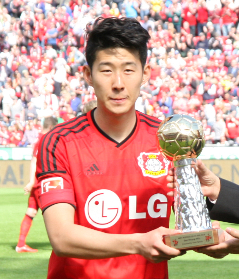 Best footballer in asia 2014 wikipedia for Son heung min squadre attuali