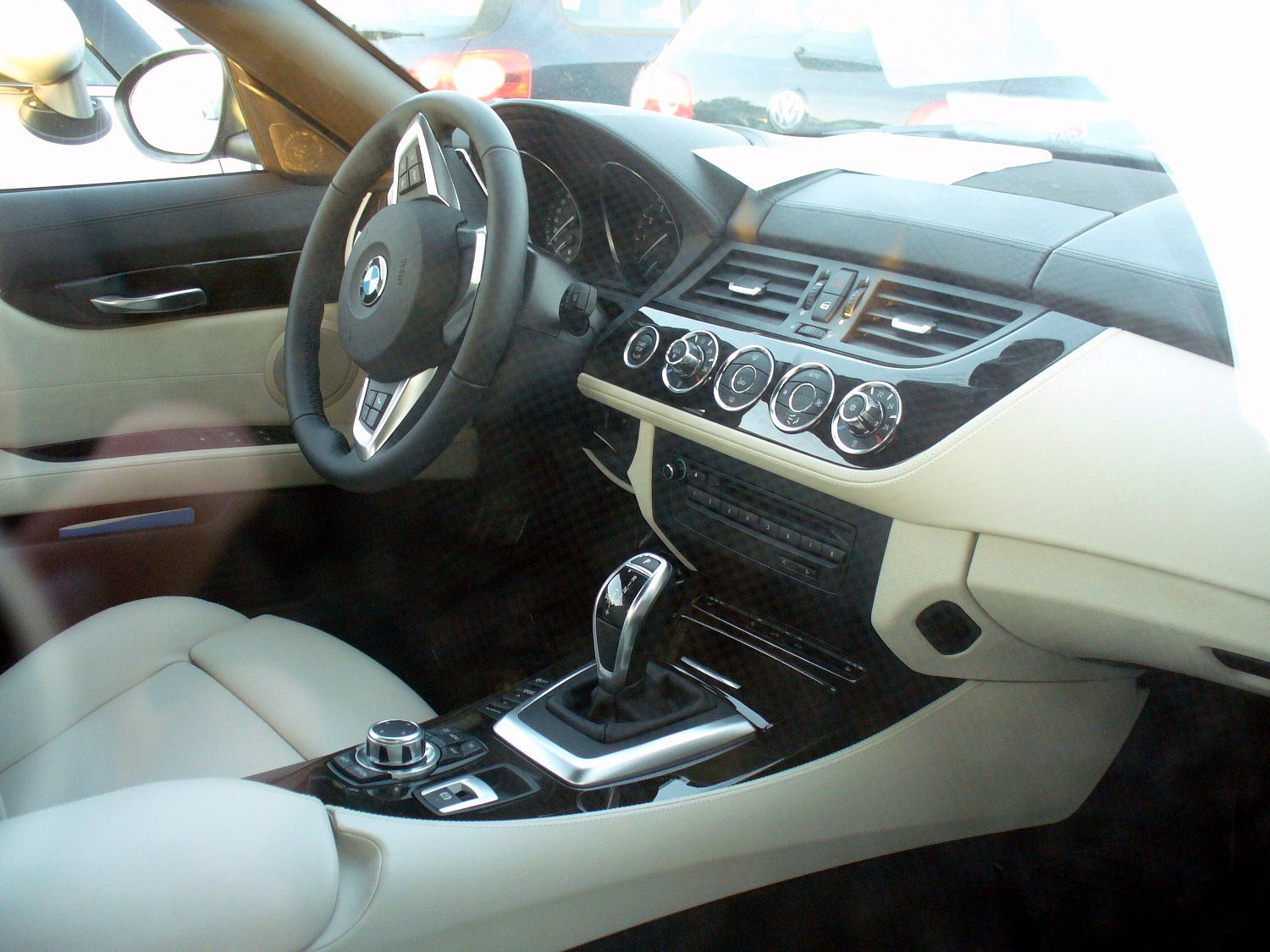 Interieur Design Of File Bmw Z4 Sdrive35i 7 Dsg Design Pure White Havanna
