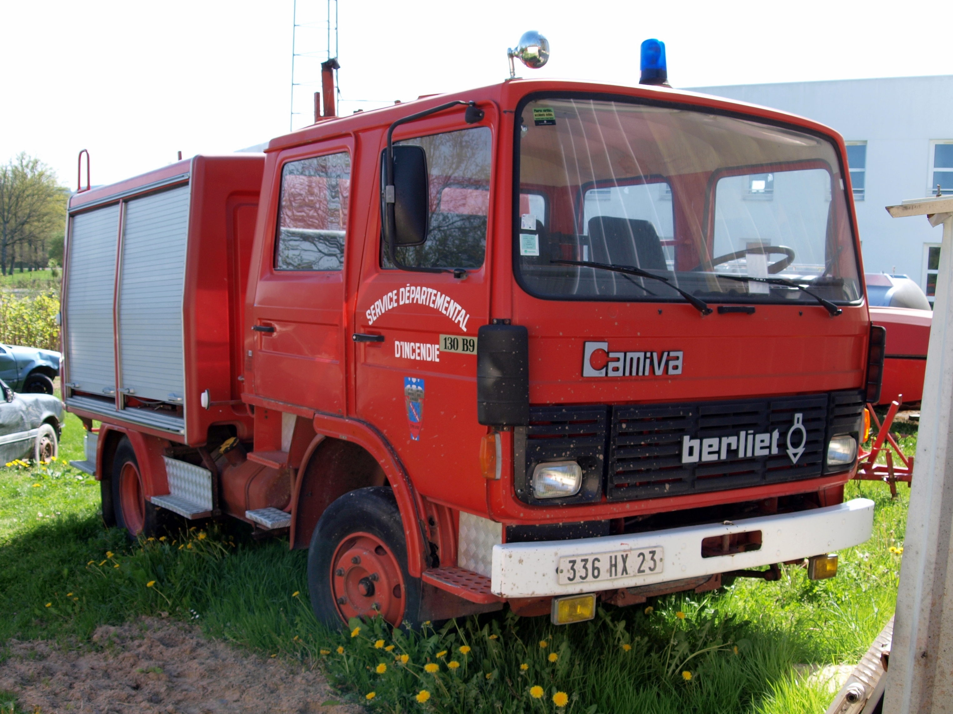 Datei:Berliet 130 B9, ...