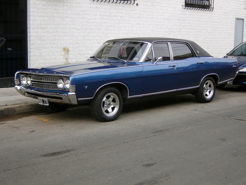 Ford Fairlane 69 on 1963 ford falcon sprint v8