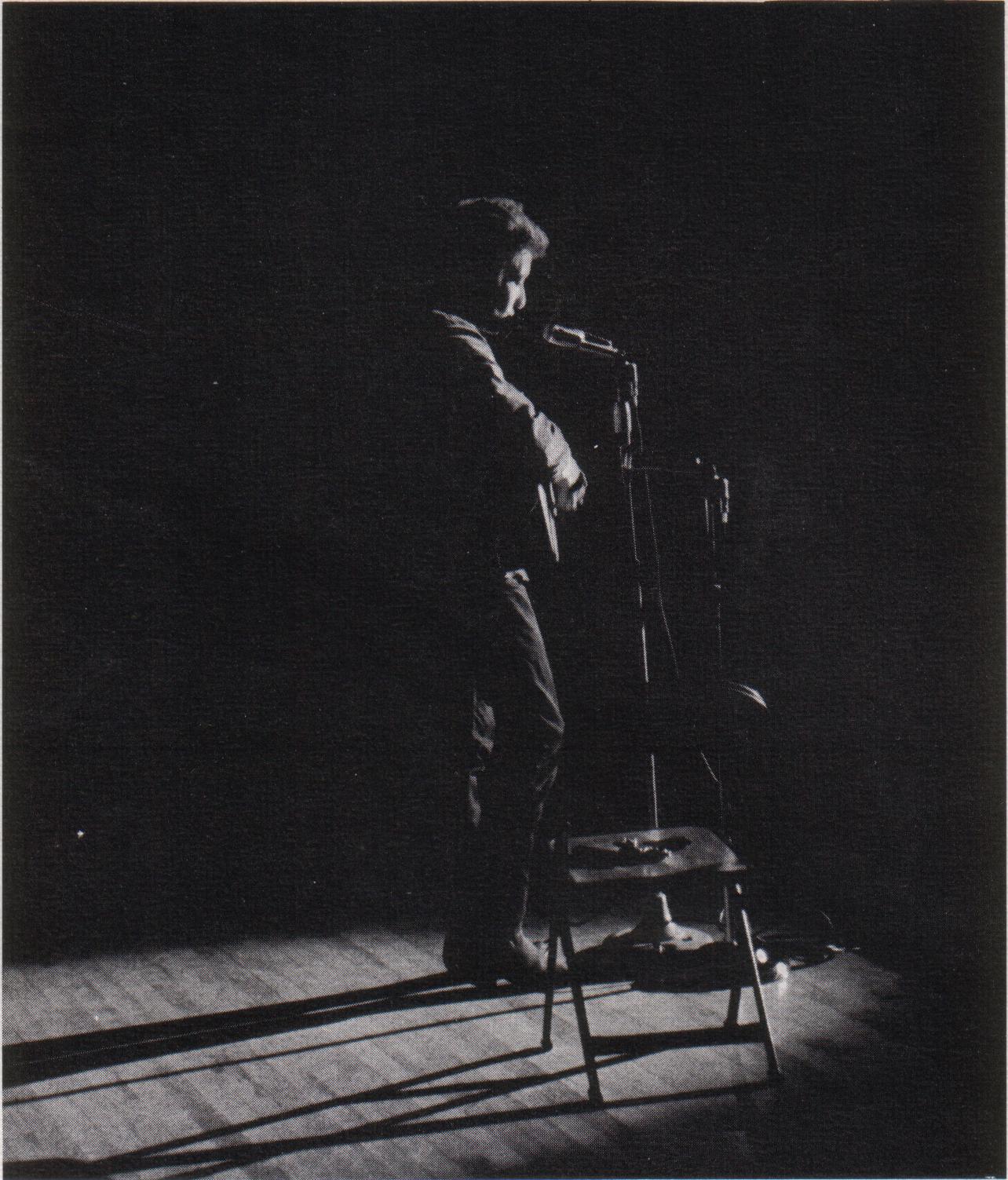 Bob Dylan en un concierto en la Universidad de St. Lawrence, Nueva York (1963).