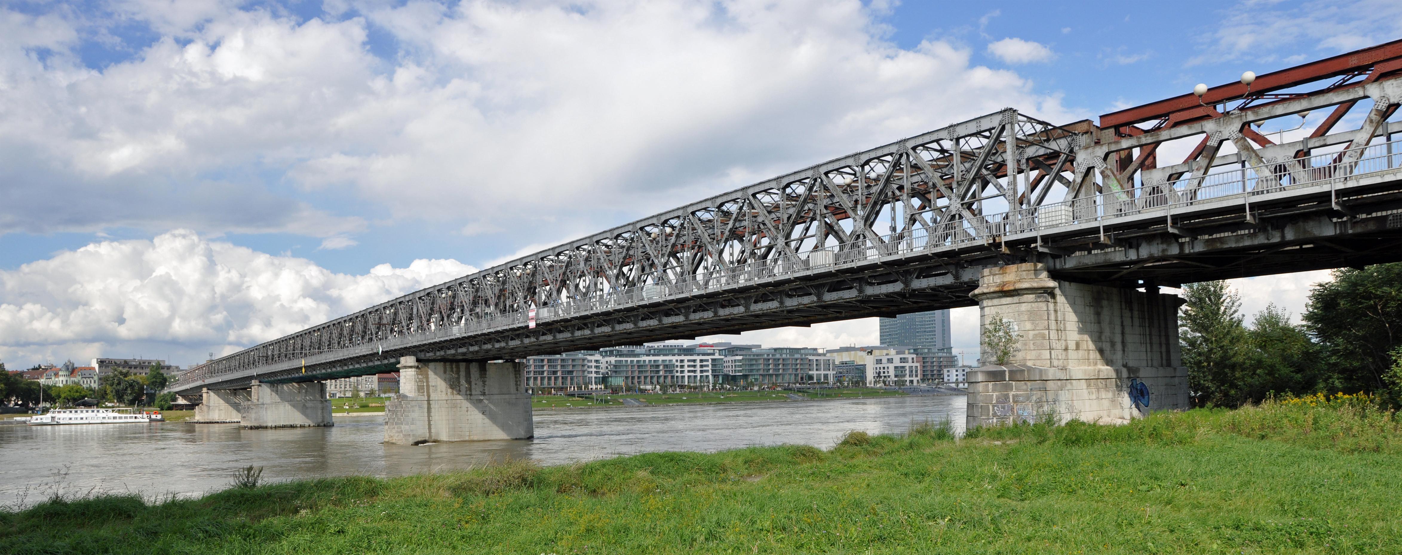 File Bratislava Stary Most R03 Jpg