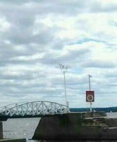 Britannia Yacht Club bridge to pier.jpg