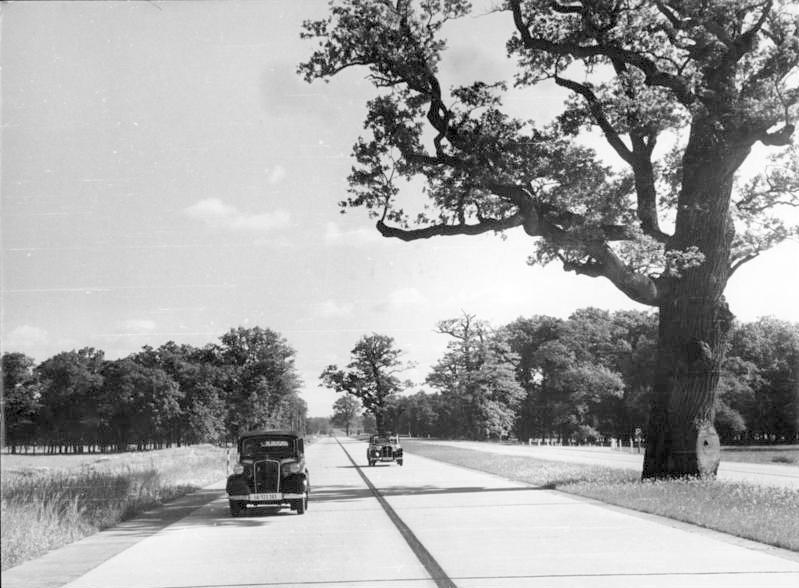 Reichsautobahn Berlin - München im Jahr 1939 - Foto: WikiCommons