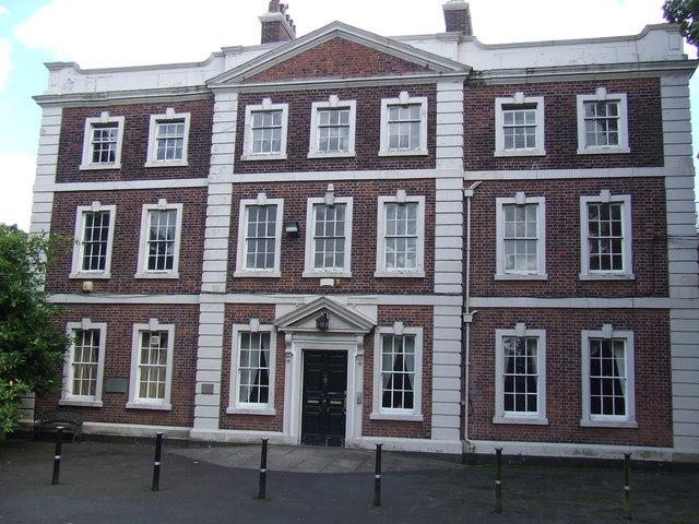 Daresbury Hall - Wikipedia