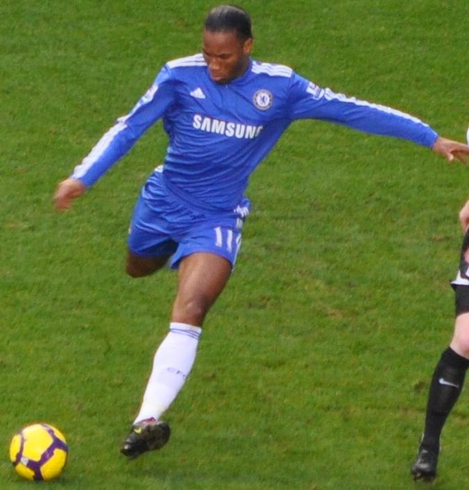 Drogba, anotó los dos goles que dieron la victoria