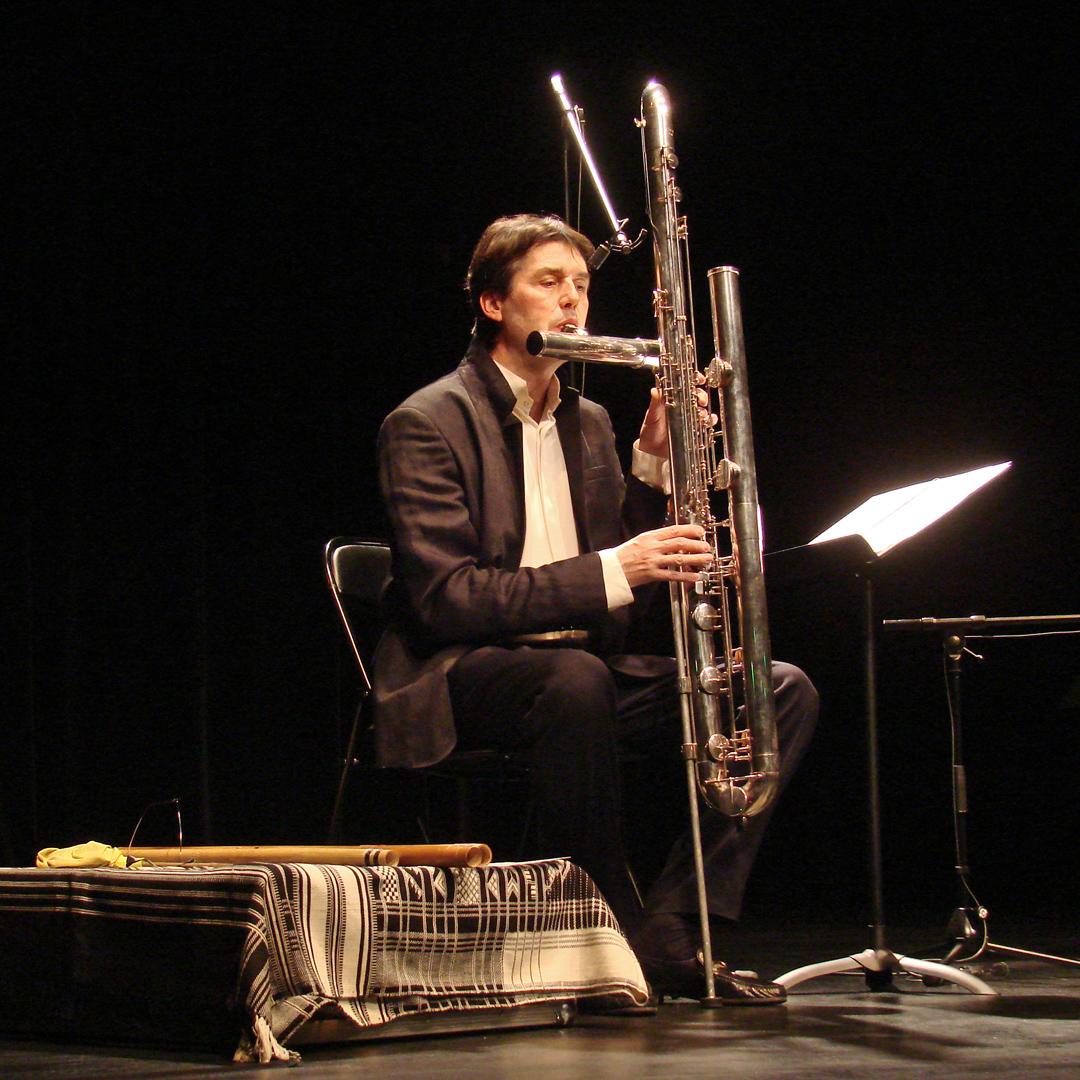 Fichier:Double-contrabass-flute.jpg — Wikipédia  Double Contrabass Flute Case