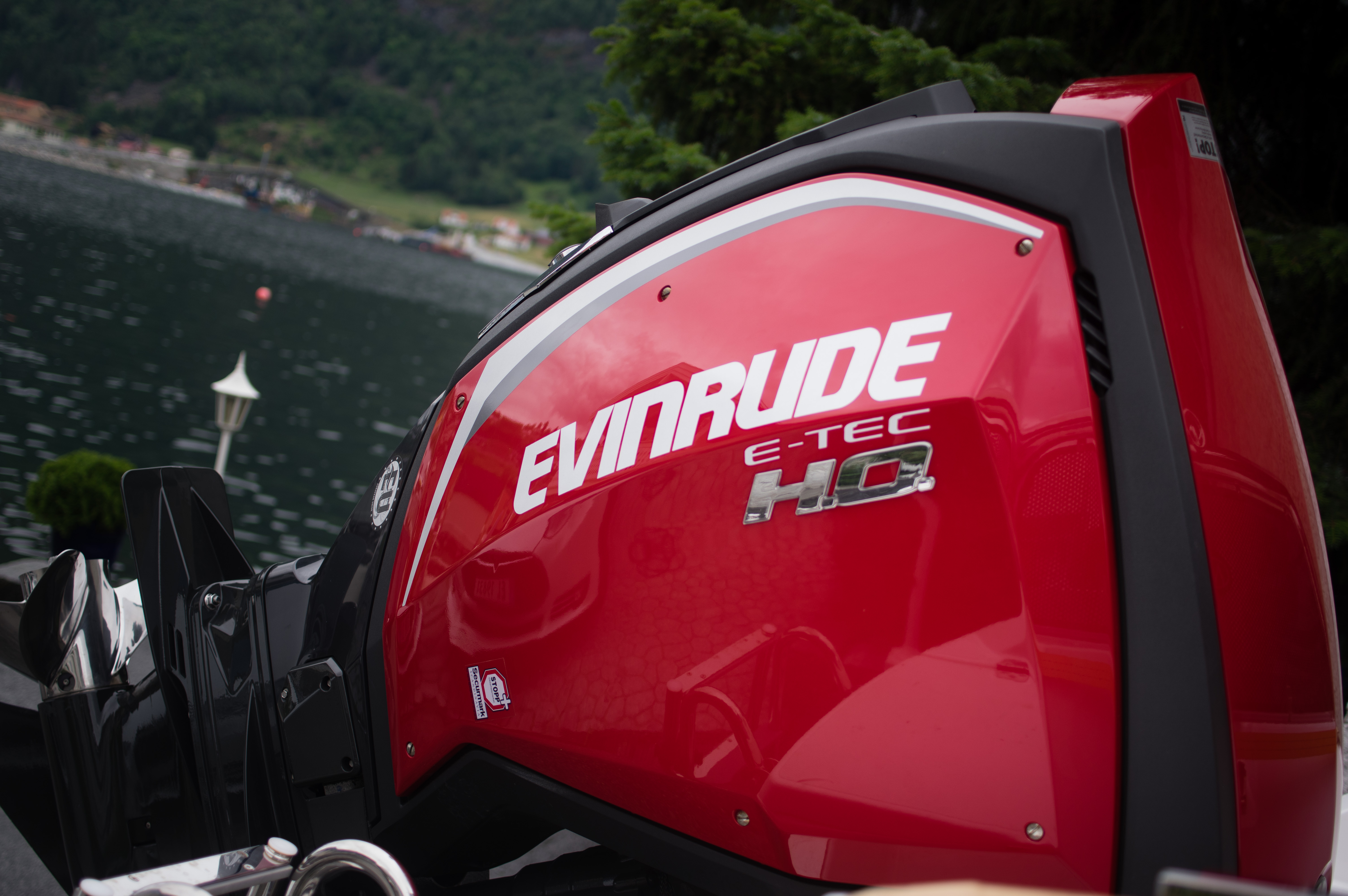 Evinrude Outboard Motors – Wikipedia