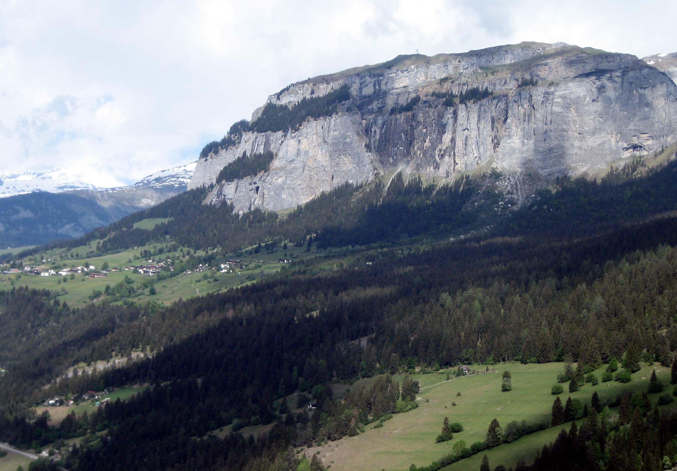 Klettersteig Flimserstein : Datei flims fidaz flimserstein g u wikipedia