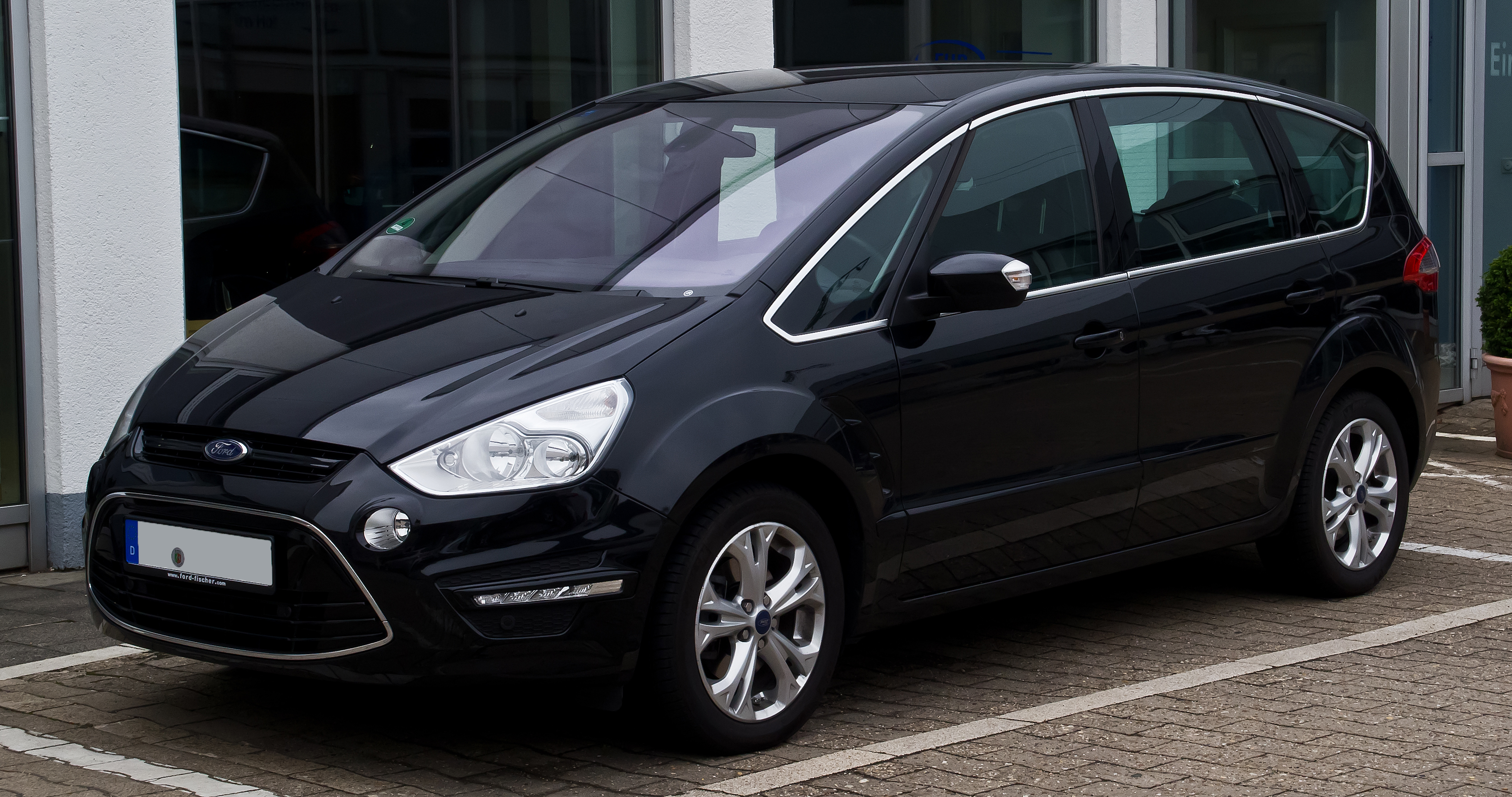 File:Ford S-Max 1.6 EcoBoost Titanium (Facelift) – Frontansicht, 7 ...