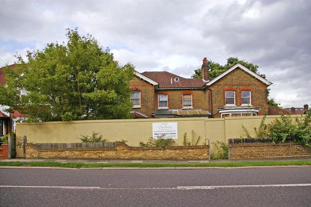 File Former Enfield Park Nursing Home Building Green