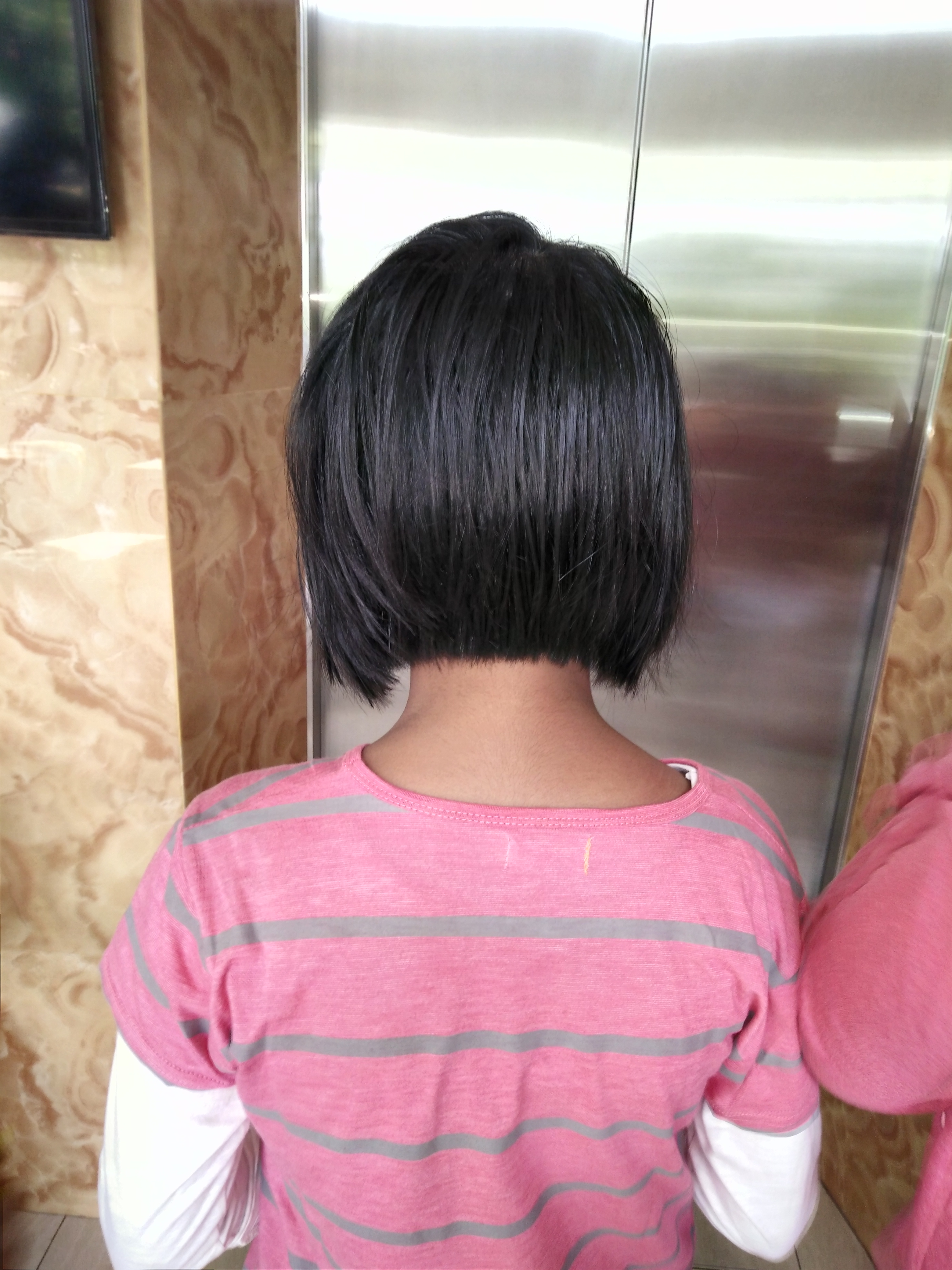 Filegirl With Bob Haircut Rear Viewg Wikimedia Commons