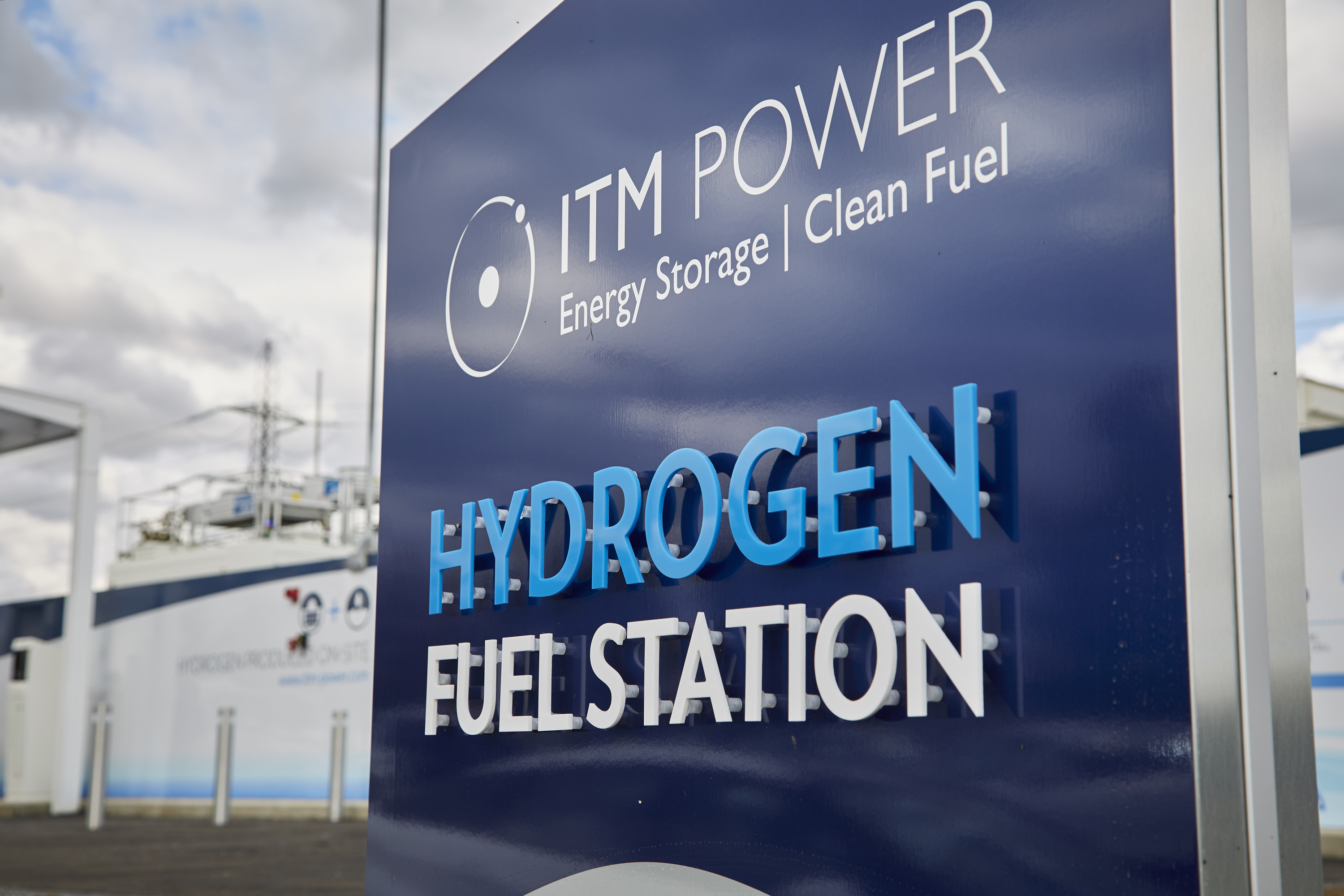 File:Hydrogen Fuel Station Sign.jpg - Wikimedia Commons
