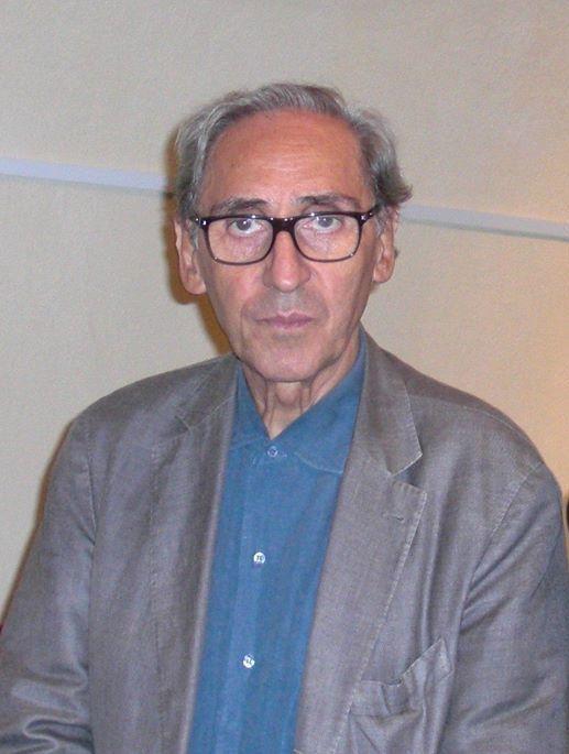 Il pittore Giuseppe Frascaroli con Franco Battiato il 1 settembre 2013 (cropped).jpg