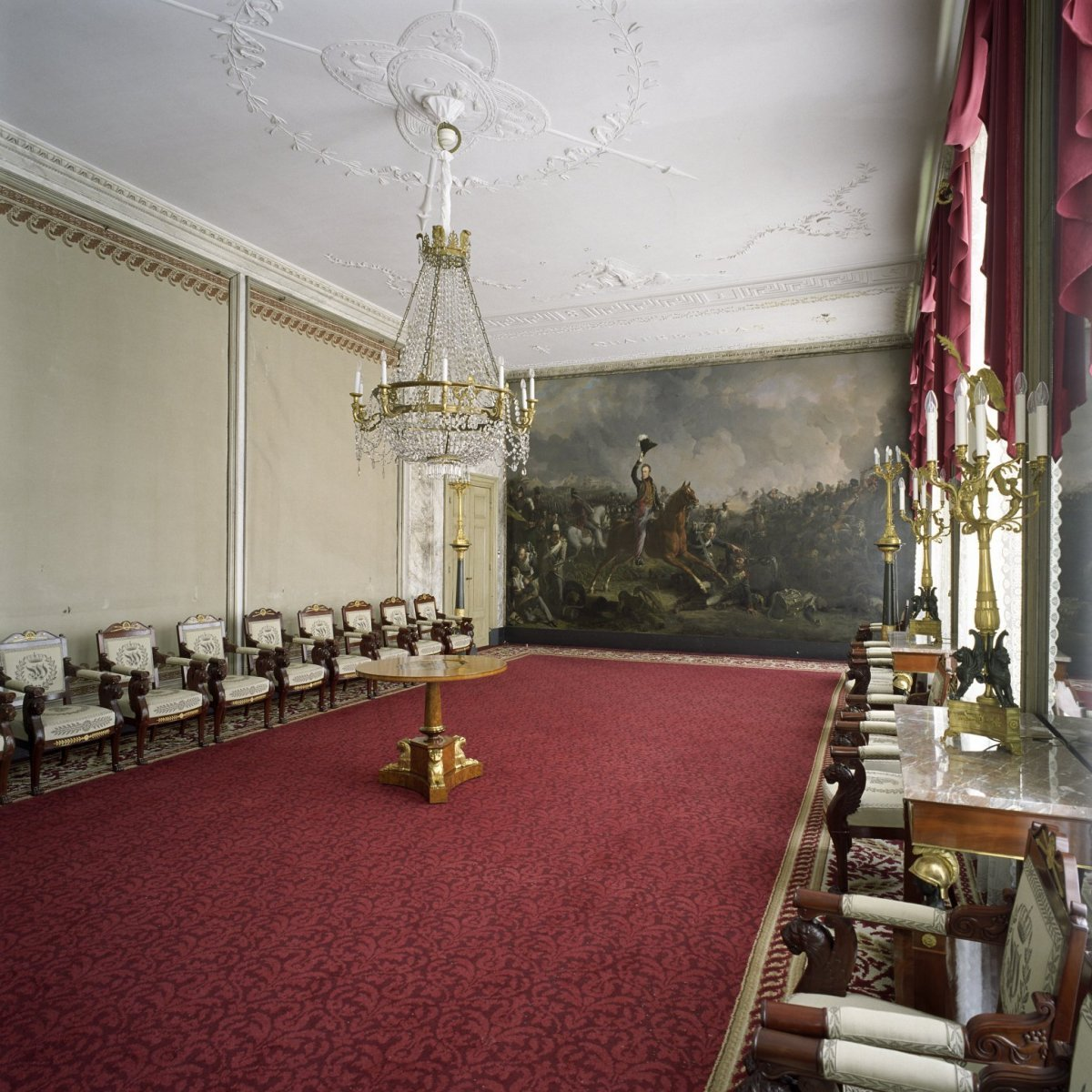 File:Interieur, overzicht van de Waterloozaal met schilderij ...