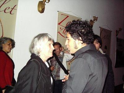 Joan Jara, viuda de Víctor Jara, y Manuel García en Concepción en 2006.