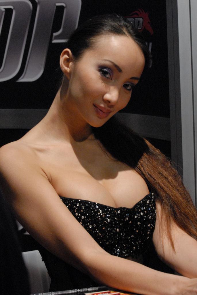 Nasty brunette slut Katsuni is a great asian pussy and anal fucker  1619096