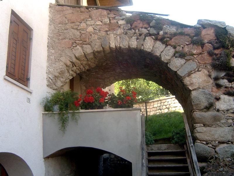 File mechel ingresso di casa wikimedia - Ingresso di casa ...