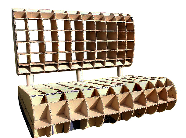 Structure de meuble en carton fabriqué par un cartonniste