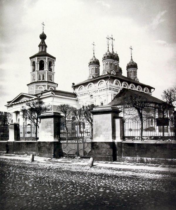 Церковь Харитона Исповедника в Огородниках