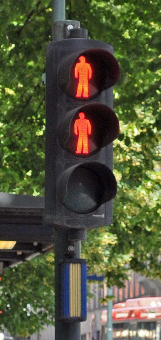 Norwegian_traffic_lights.jpg