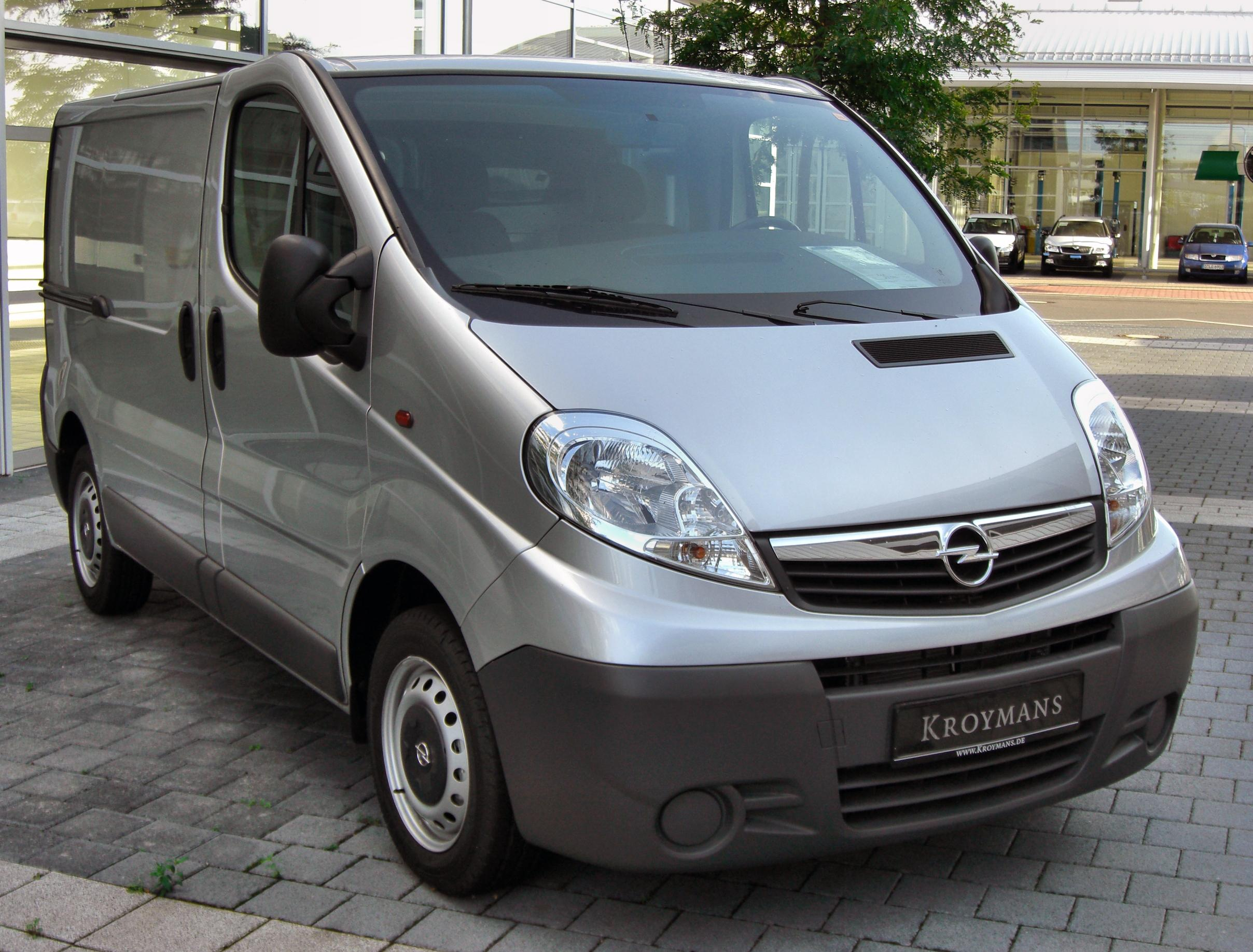 file opel vivaro 20090905 front jpg wikipedia. Black Bedroom Furniture Sets. Home Design Ideas