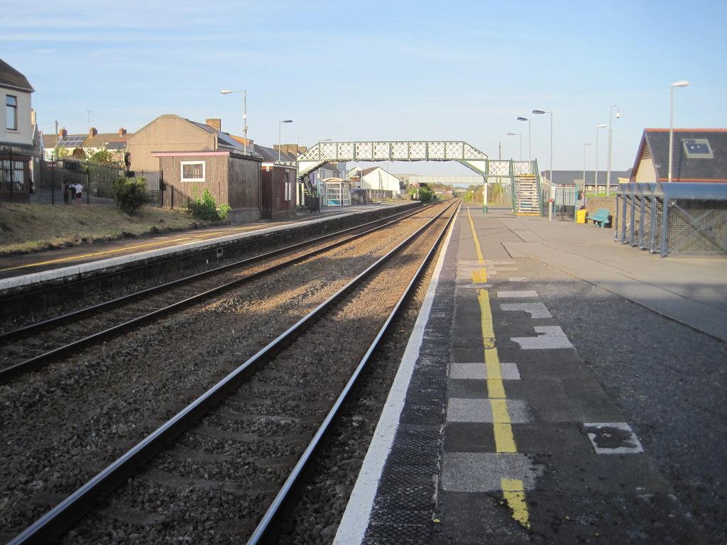 4 Great Western Railway. Carmarthen Railway Station Photo