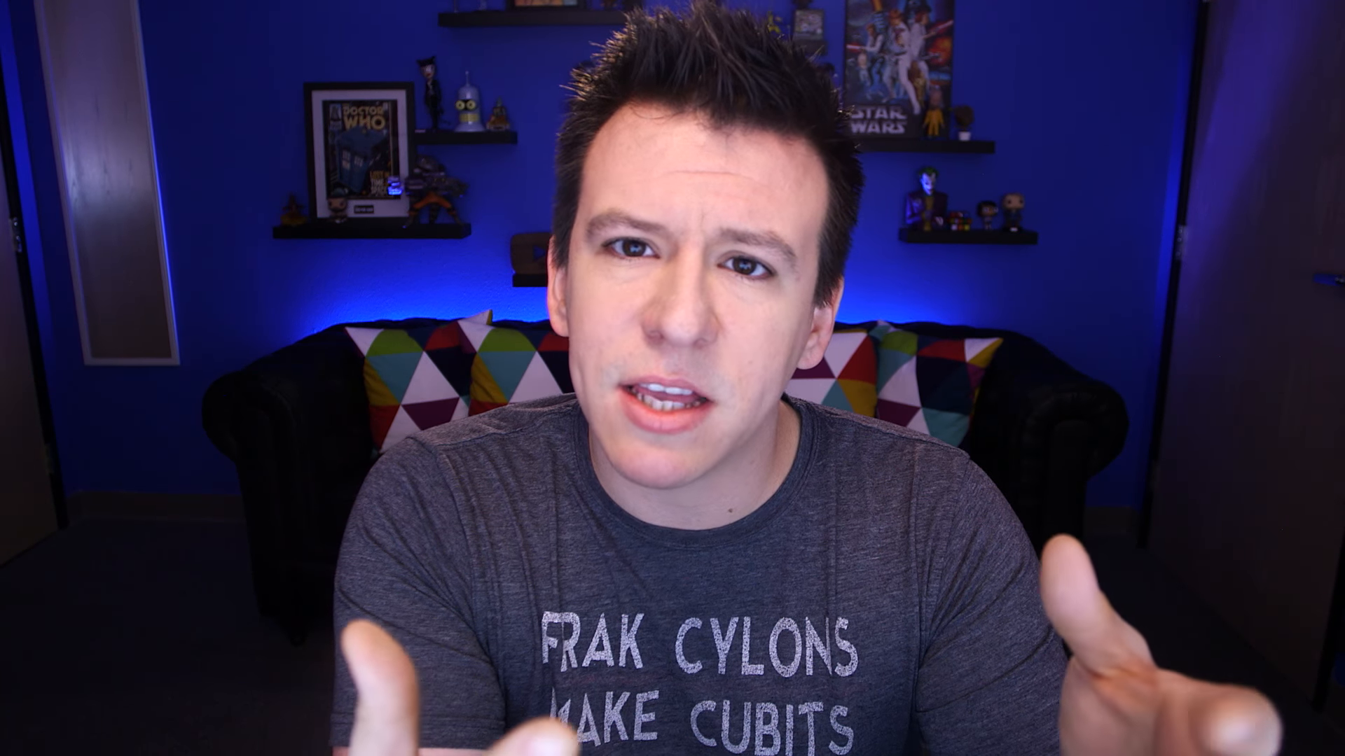 The 32-year old son of father Phillip Franchini, Sr. and mother(?) Philip DeFranco in 2018 photo. Philip DeFranco earned a  million dollar salary - leaving the net worth at 3 million in 2018