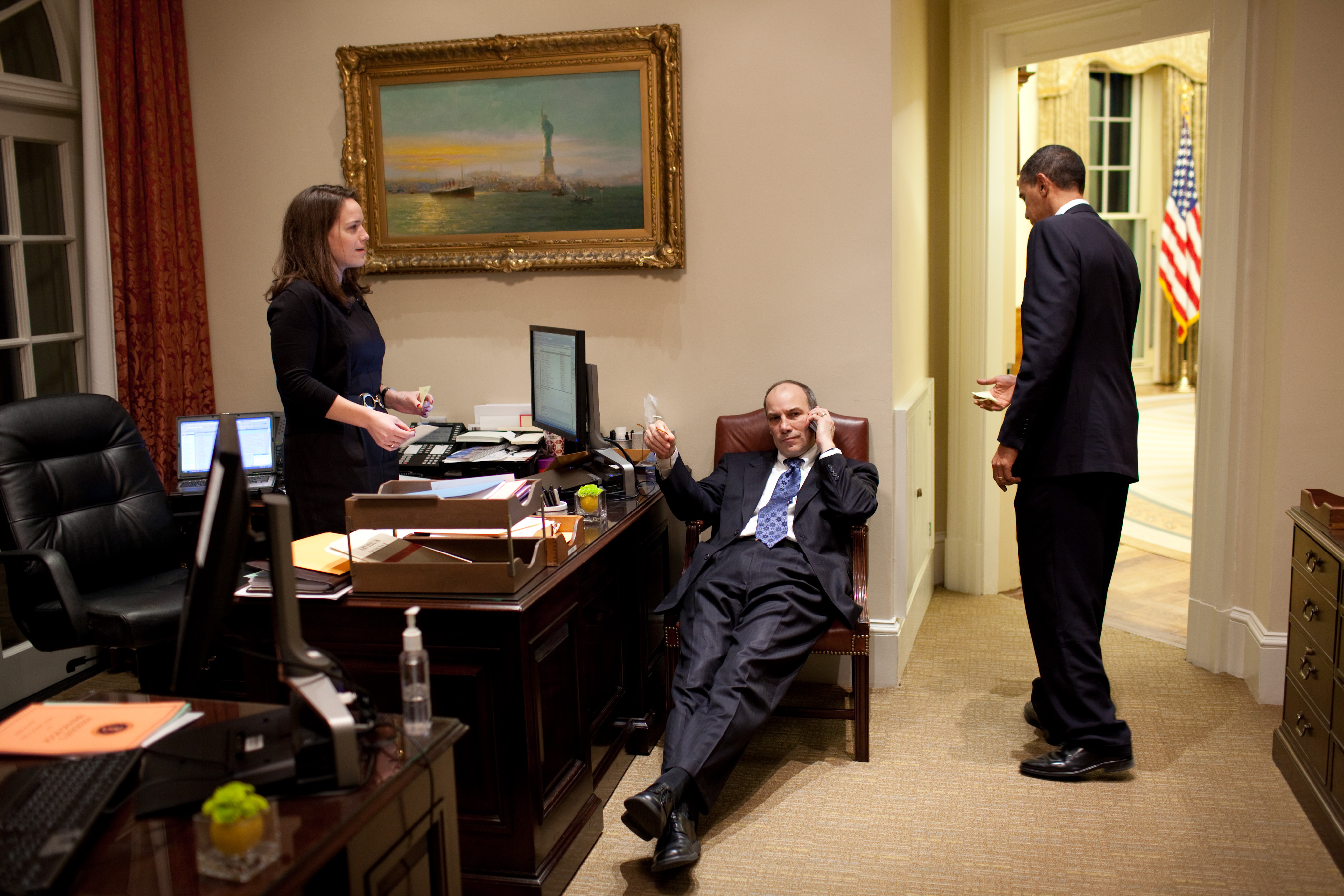 File president barack obama works with katie johnson his - Johnson and johnson office locations ...