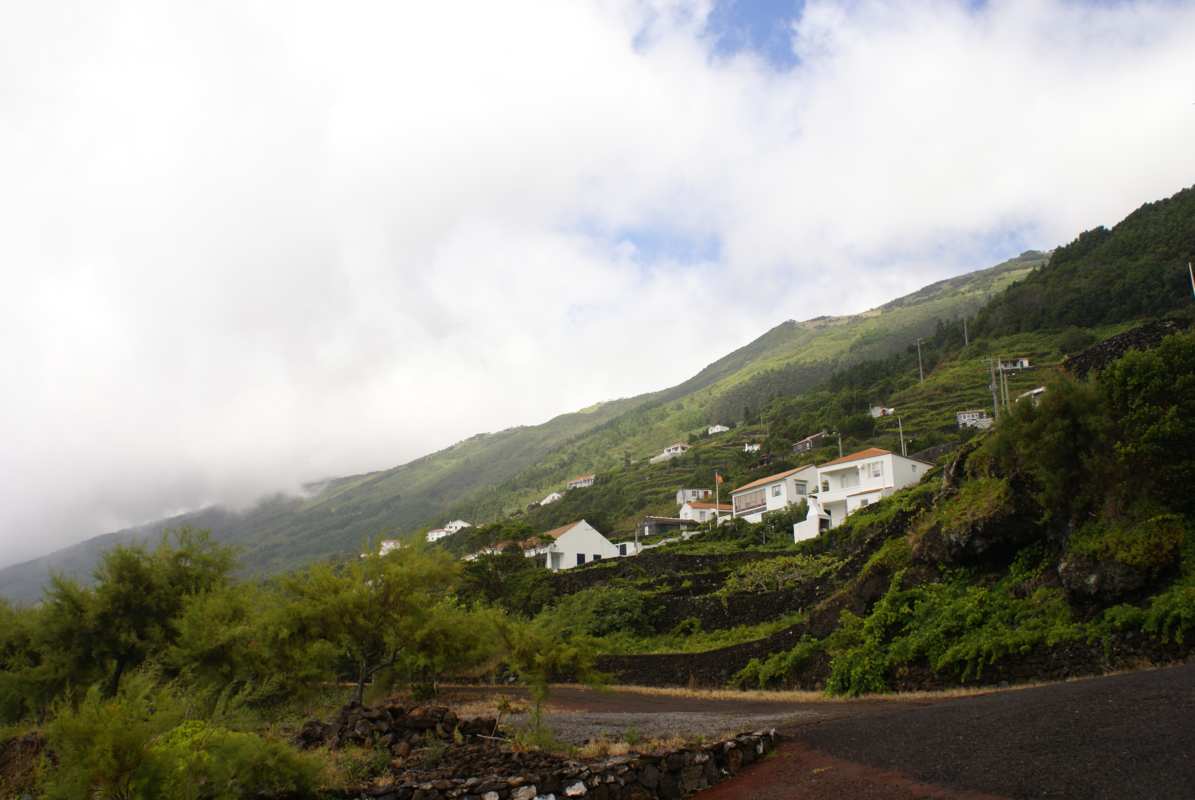 File:Ribeira Seca, Ribeiras, Lajes do Pico, ilha do Pico, Açores.JPG