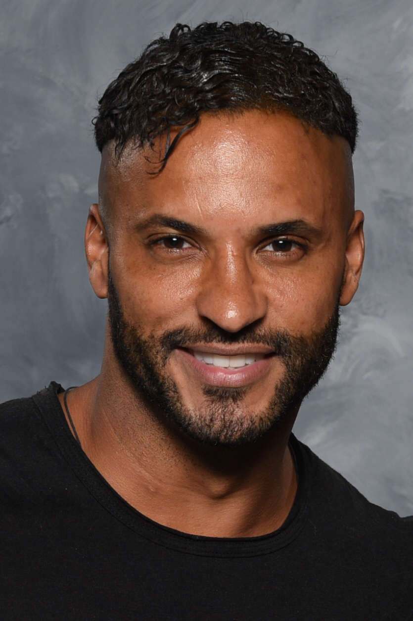 Den 36-år gammal, 188 cm lång Ricky Whittle in 2018 photo